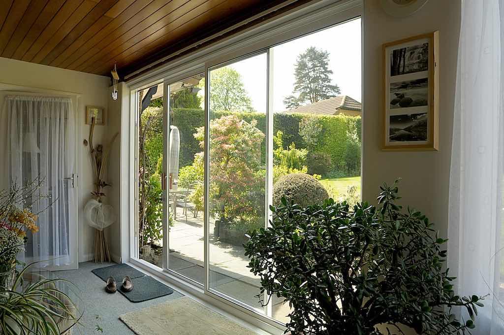 Sliding patio doors north west bifolds for Sliding glass doors uk